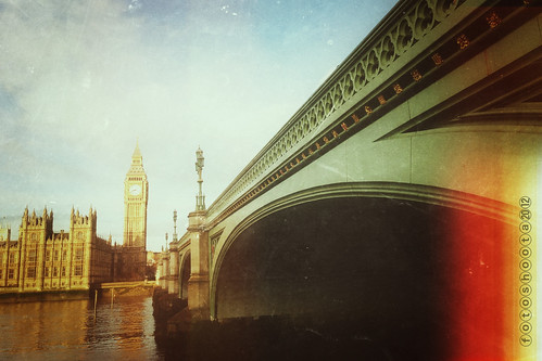Westminster Bridge by fotoshoota.com