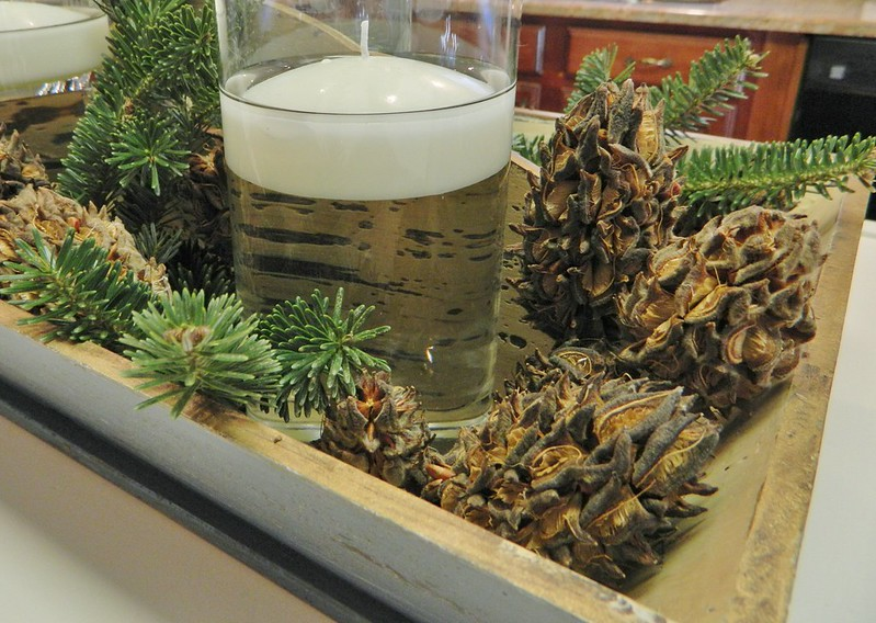 candle vignette via homeologymodernvintage.com