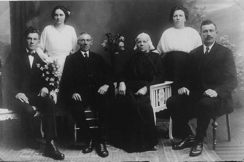 Johannes Werkhoven & Antje Broersma Family ca 1915