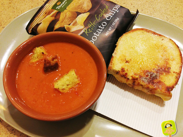 panera bread - adult grilled cheese and creamy tomato soup