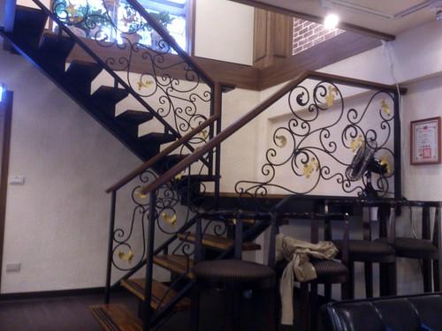 加爾第咖啡 地下室