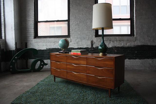 Appealing American of Martinsville Mid Century Modern Long Dresser/Credenza (U.S.A., 1961)