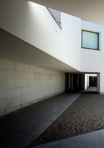 Siza - Fundation Serralves, Porto