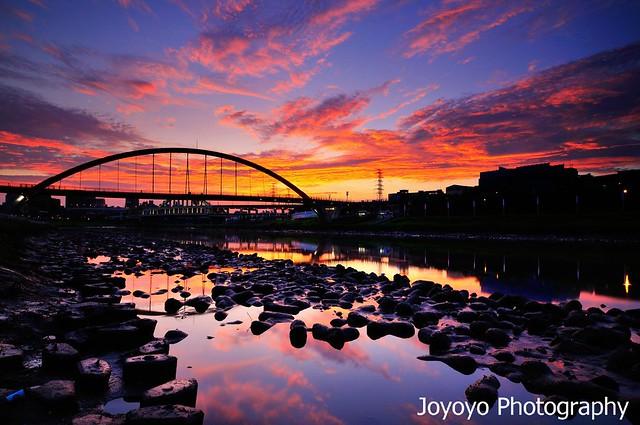 火燒彩虹橋