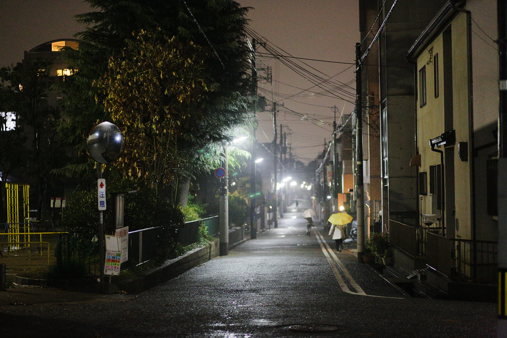 Motoyamanakamachi 4 Chome, Kobe-shi, Higashinada-ku, Hyogo Prefecture, Japan, 0.013 sec (1/80), f/2.0, 85 mm, EF85mm f/1.8 USM