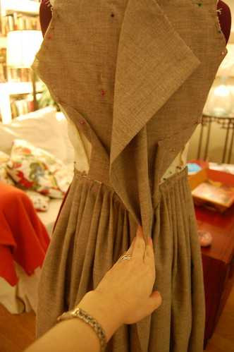 Making a robe a l'anglaise 8