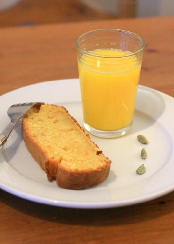 mandarin cardamom cake