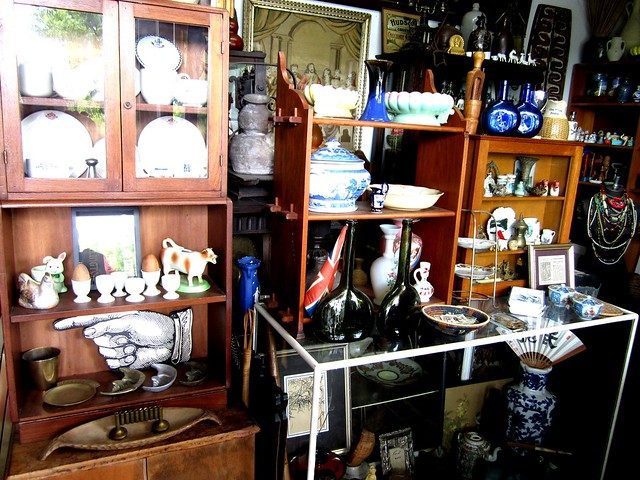 Antique shop 2