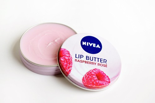 Vaseline_Raspberry_lip_butter