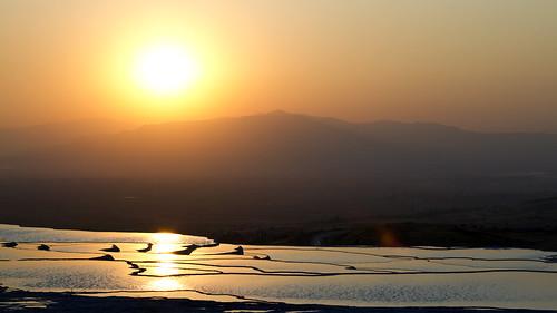 sunset pool turkey asia türkiye unescoworldheritagesite turquie asie geology denizli hierapolis geologie thermes thermalspa wondersoftheworld merveilledumonde patrimoinemondialdelunesco