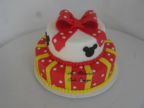 Bolo Minnie by Ana Oliveira Cake Design