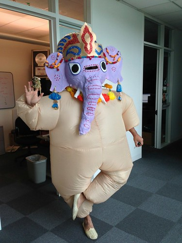 Lord Ganesh, removing obstacles outside his office.(thanks for the shot Clarence!)