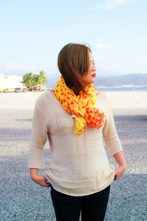 yellow polkadot scarf