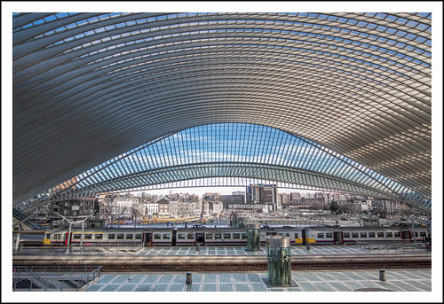 station Luik Guillemins (28) by hans van egdom