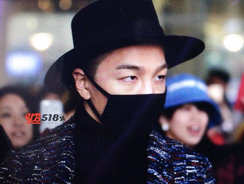 Big Bang - Incheon Airport - 22mar2015 - Tae Yang - YB 518 - 02