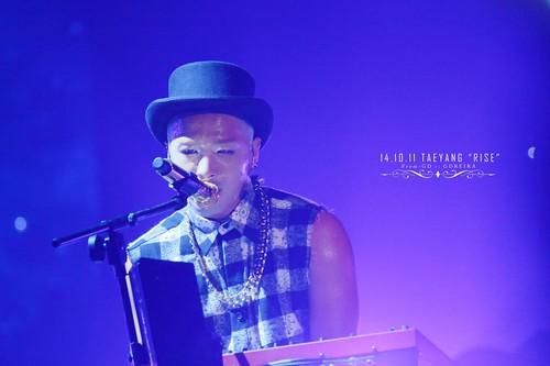 Taeyang-RISESeoul-day2-20141011_0_12