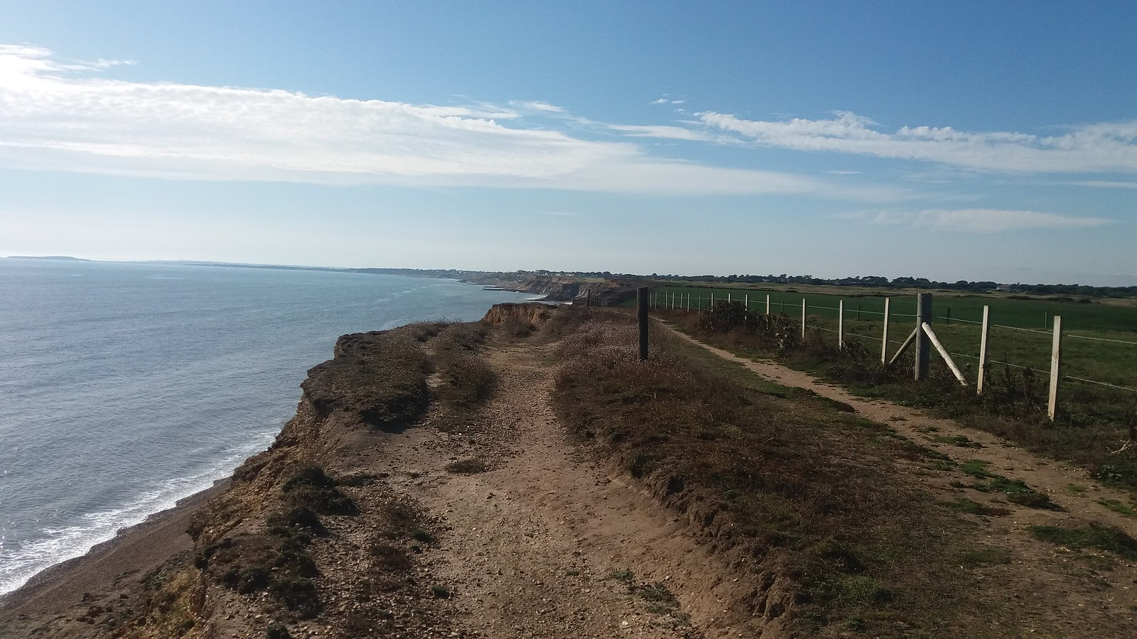 20160907_161429 Cliff path between Hordle Cliff and Barton on Sea
