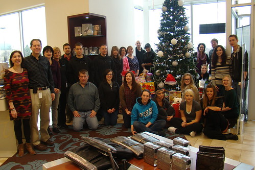 Joel Schlessinger MD and LovelySkin staff organize a toy drive for the Nebraska Children's Home Society