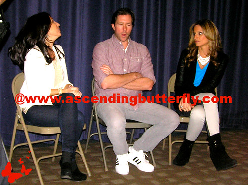 The Moms intro Ed Burns Fitzgerald Family Christmas Mamarazzi 02 WATERMARKED