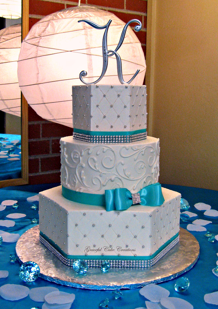 tiffany blue and gold wedding cakes blue and white buttercream wedding cake 20993
