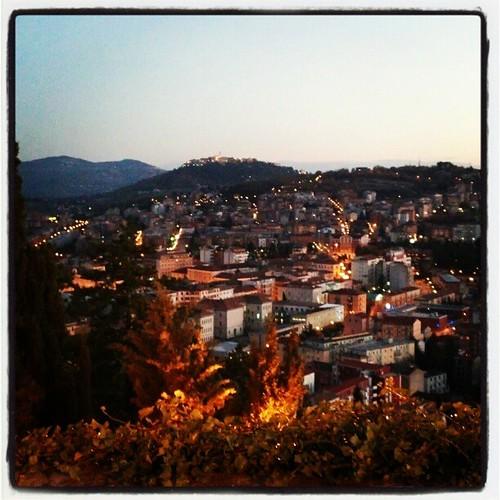italy square italia tramonto sundown lofi squareformat castello molise campobasso ferrazzano iphoneography instagramapp uploaded:by=instagram foursquare:venue=4c61c2ef79d1e21eca83d415
