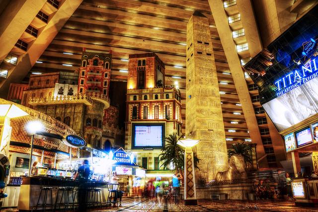 ルクソールホテル Luxor Hotel