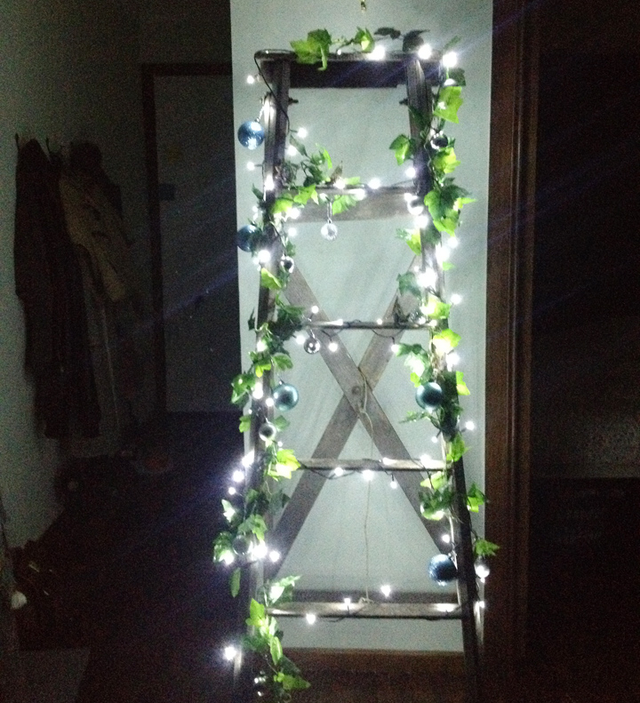 christmas ladder f