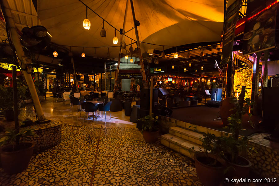 kota kinabalu bar, bb cafe