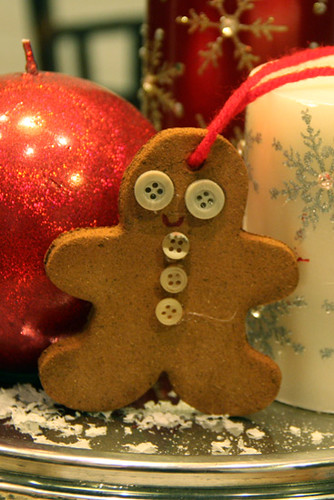 Auttie-Gingerbread-Ornament