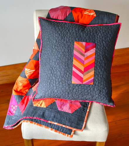 Oakshott pillow and quilt