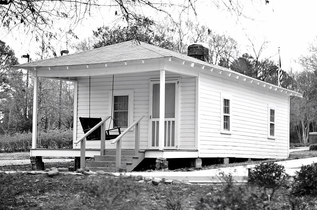 Elvis Presley birth home Tupelo MS