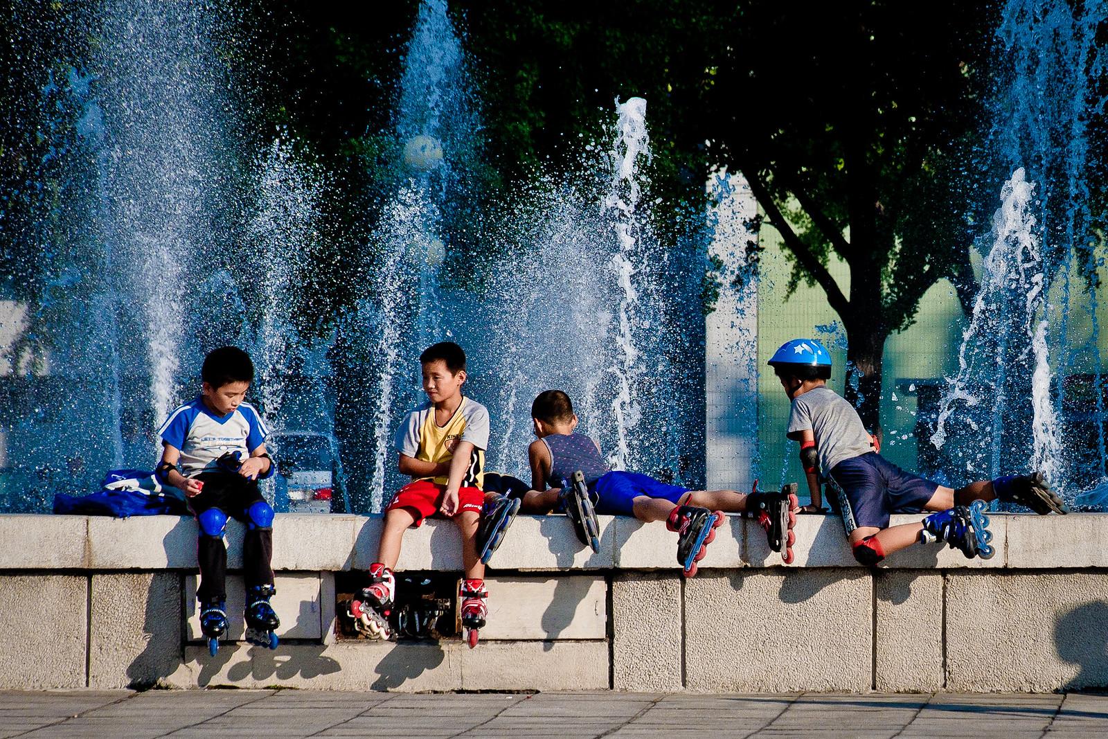 Észak-Korea is felhúzza a magassarkút - Lásson, Értsen, Agra Kulturális Utazási Társaság