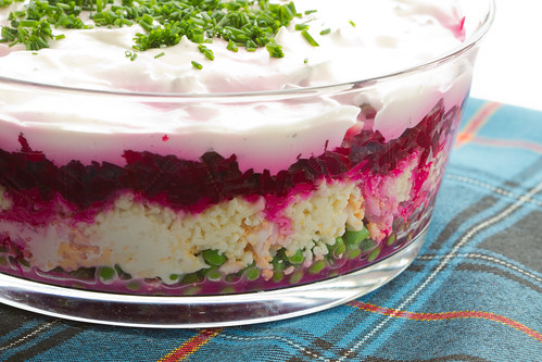 Layered beet salad with cheese, eggs and peas / Kihiline peedi-herne-muna-juustusalat