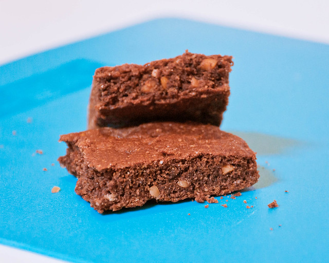 Cocoa-Peanut Butter Protein Bars Closer
