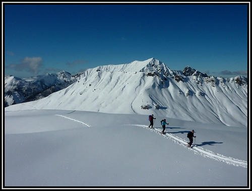 Snowshoeing in Samoens, the French Alps