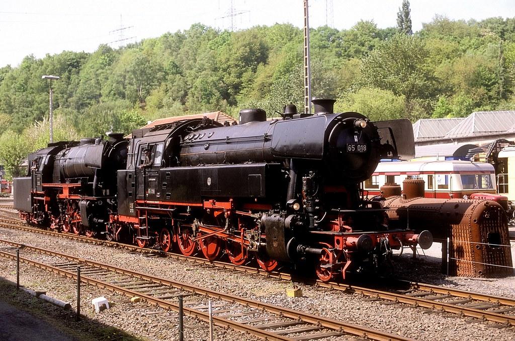 65 018 + 23 023 Bochum (Foto W+H Brutzer)