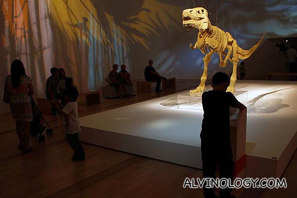 A dinosaur piece which Sawaya made specially for the kids visiting his exhibition