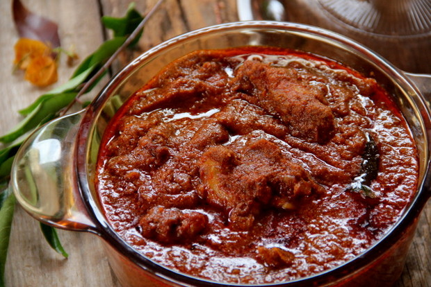 Spicy ChillyKerala Chicken Curry / Nadan Chicken Masala