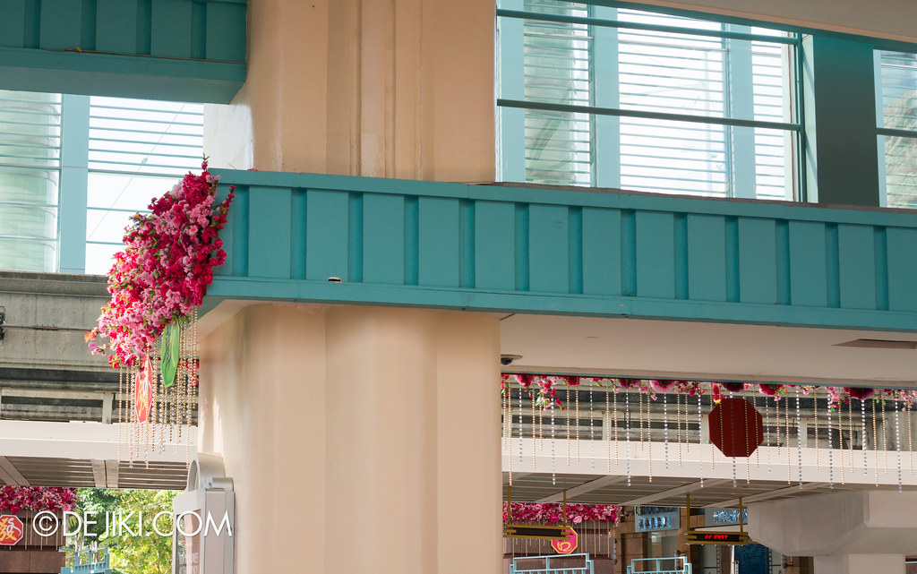 Universal Studios Singapore - Park Entrance Chinese New Year decor 5