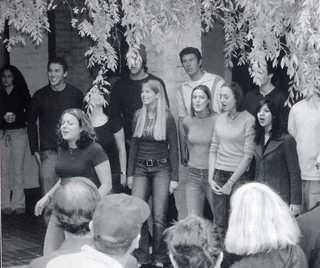 Students singing, from a photograph in the 2003 Metate