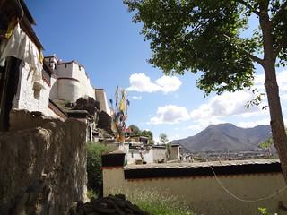 Guia de Viagem Dia 3: Lhatse 4050m - Shigatse 3850m