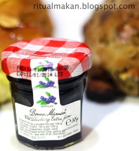wild blue berry extra jam