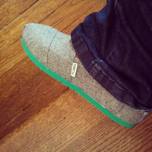 No gapping holes in my shoes! My MIL rocks. #toms
