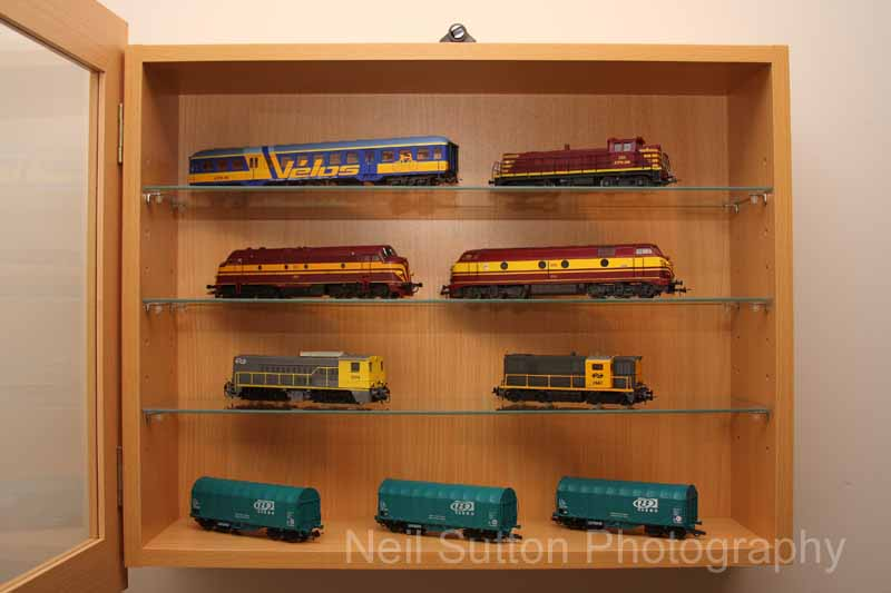 Cheap Display Cabinets Model Rail Forum