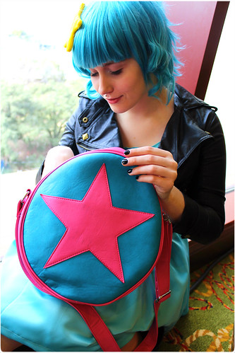 Ramona Flowers and her Subspace Purse
