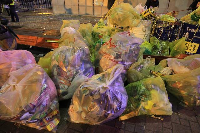 2013台北市跨年晚會垃圾-107-201301010201-賴鵬智攝