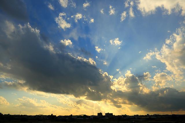 大晦日の薄明光線