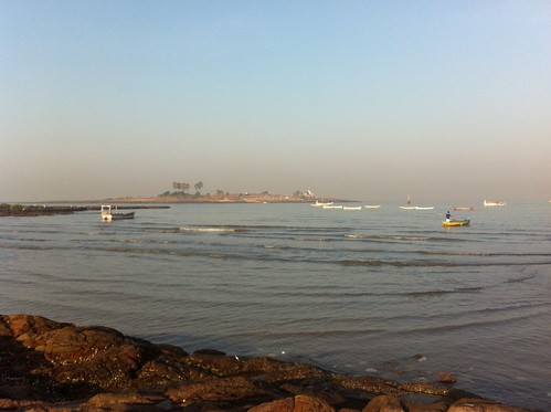 Ambu Island just off Patvadi marg