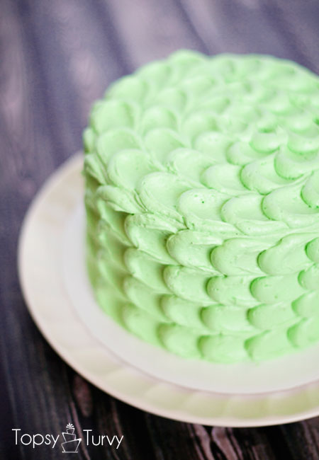 crescent-smash-cake