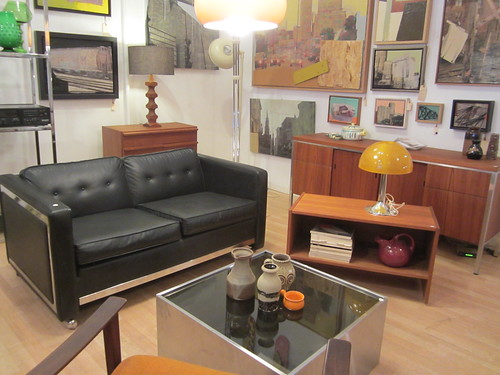 Le showroom tellement swell for Meubles en gros montreal